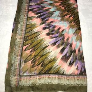MULTICOLORED FEATHER PRINTED WRAP / SARONG